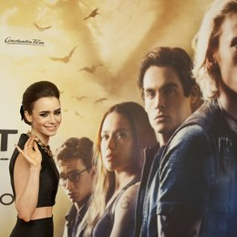"Collins, Lily / Premiere ""Chroniken der Unterwelt - City of Bones"", Berlin Poster"