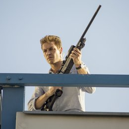 November Man, The / Luke Bracey Poster