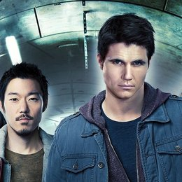 Tomorrow People, The / Robbie Amell / Aaron Yoo / Luke Mitchell / Peyton List Poster