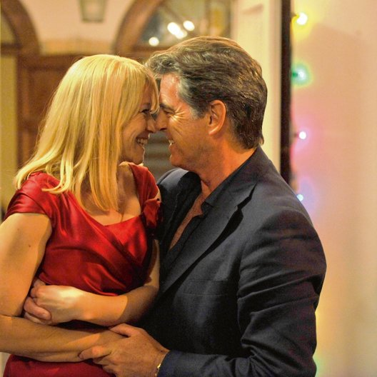 All you need is Love / Love Is All You Need / Trine Dyrholm / Pierce Brosnan