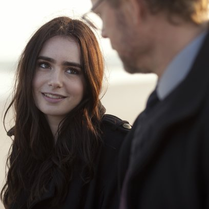 Stuck in Love / Lily Collins Poster