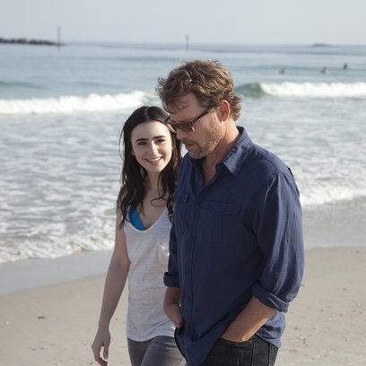 Stuck in Love / Lily Collins / Greg Kinnear Poster