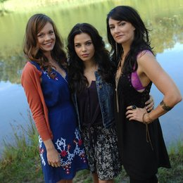 Witches of East End / Jenna Dewan-Tatum / Mädchen Amick / Rachel Boston / Julia Ormond Poster
