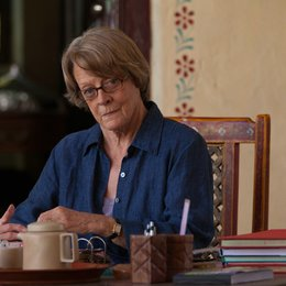 Best Exotic Marigold Hotel 2 / Maggie Smith Poster