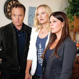 Trophy Wife / Malin Akerman / Bradley Whitford / Marcia Gay Harden Poster