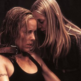 Dark, The / Maria Bello / Sophie Stuckey Poster