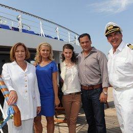 Kreuzfahrt ins Glück: Hochzeitsreise nach Dubai (ZDF / ORF) / Sascha Hehn / Heide Keller / Jessica Boehrs / Marcus Grüsser / Marie Rönnebeck