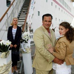 Kreuzfahrt ins Glück: Hochzeitsreise nach Dubai (ZDF / ORF) / Jessica Boehrs / Marcus Grüsser / Marie Rönnebeck