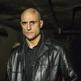 Low Winter Sun / Mark Strong