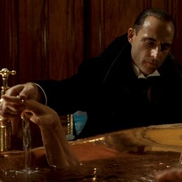 Sherlock Holmes / Mark Strong / James Fox