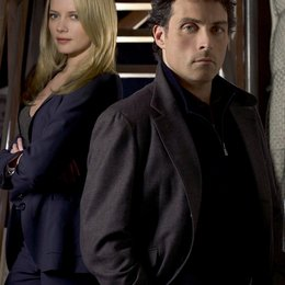 Eleventh Hour / Marley Shelton / Rufus Sewell Poster