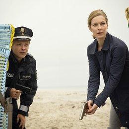 Duo: Der tote Mann und das Meer, Das (ZDF) / Lisa Martinek / Matthias Koeberlin Poster