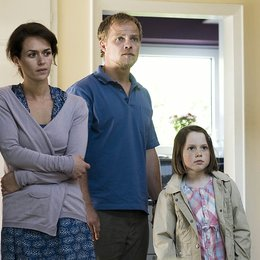 Kommissar Stolberg: Familienbande (ZDF / SF DRS) / Matthias Koeberlin / Melika Foroutan / Tabea Willemsen Poster