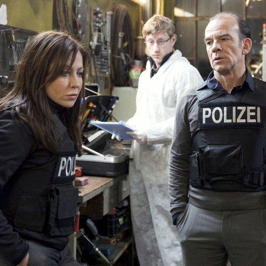 Tatort: Nasse Sachen (MDR) / Simone Thomalla / Martin Wuttke / Maxim Mehmet Poster