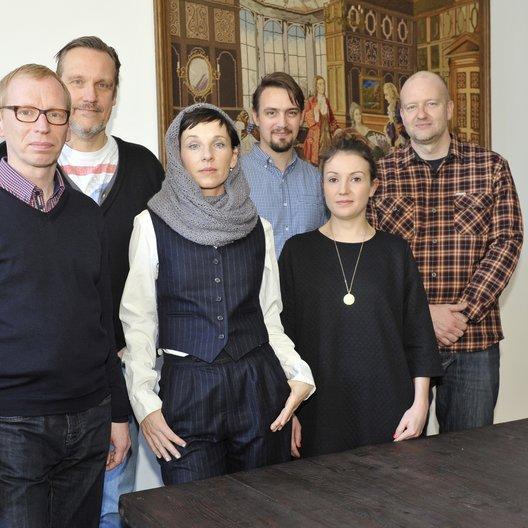 Dirk Mahlstedt (General Manager Edel:Kultur), Bernd Hocke (General Manager Edel), Meret Becker, Simon Schulz (Senior Product Manager Edel:Kultur), Eva-Marie Petzinger und Axel Erler (beide Management Meret Becker) v.l. Poster