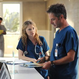 Miami Medical / Elisabeth Harnois / Jeremy Northam Poster