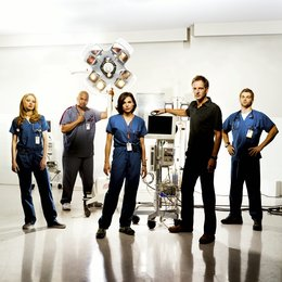 Miami Medical / Lana Parrilla / Elisabeth Harnois / Jeremy Northam / Omar Gooding / Mike Vogel Poster