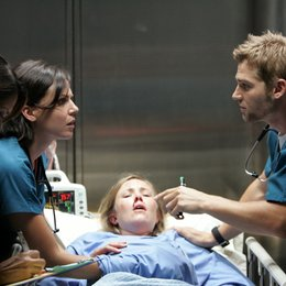 Miami Medical / Lana Parrilla / Mike Vogel Poster