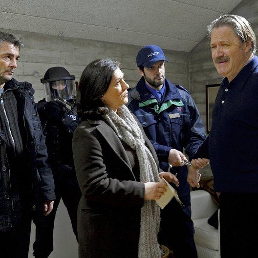 Tatort: Der Polizistinnenmörder / Eva Mattes / Stefan Gubser / Michael Brandner / Martin Rapold Poster