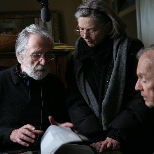 Liebe / Set / Michael Haneke / Emmanuelle Riva / Jean-Louis Trintignant Poster