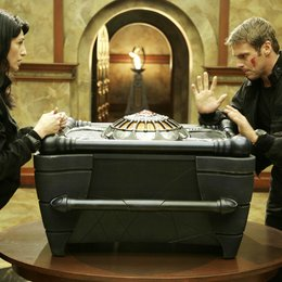 Stargate: The Ark of Truth / Michael Shanks / Claudia Black Poster