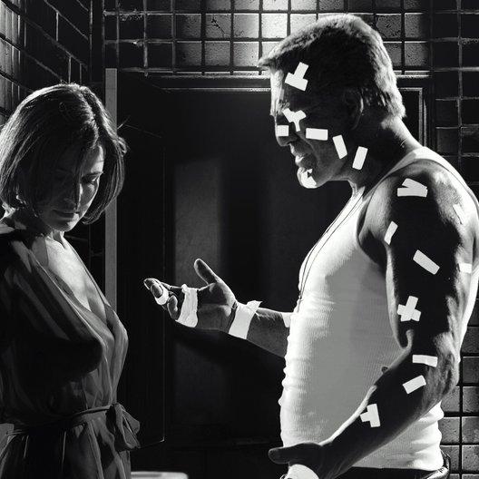 Sin City / Carla Gugino / Mickey Rourke Poster
