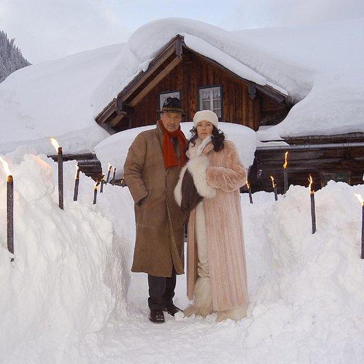 Weißblaue Wintergeschichten: Der Silvesterkracher/Der falsche Hochzeitsgast (ZDF / ORF) / Michaela May