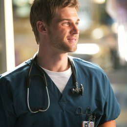 Miami Medical / Mike Vogel Poster