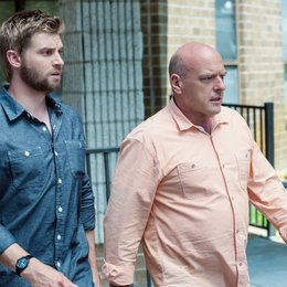 Under the Dome / Dean Norris / Mike Vogel Poster