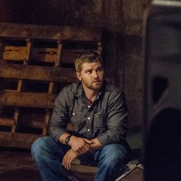 Under the Dome / Mike Vogel Poster
