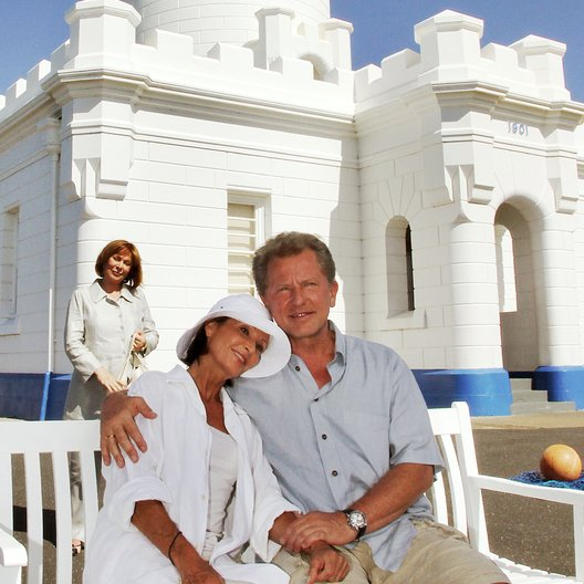 Kreuzfahrt ins Glück: Hochzeitsreise nach Australien (ZDF / ORF) / Susanne Uhlen / Heide Keller / Miroslav Nemec Poster