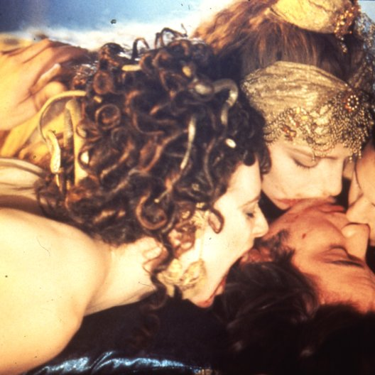 Bram Stoker's Dracula / Michaela Bercu / Florina Kendrick / Monica Bellucci / Keanu Reeves Poster