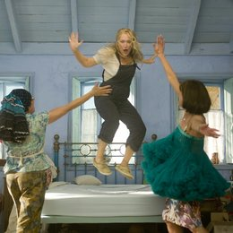 Mamma Mia! / Julie Walters / Meryl Streep / Christine Baranski Poster