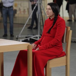 Marina Abramovic: The Artist Is Present / Marina Abramovic