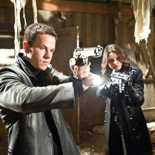 Max Payne / Mark Wahlberg / Mila Kunis