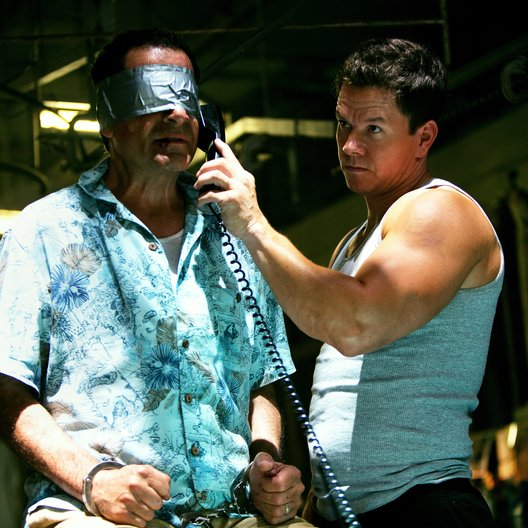 Pain & Gain / Tony Shalhoub / Mark Wahlberg
