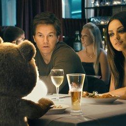 Ted / Mark Wahlberg / Mila Kunis Poster
