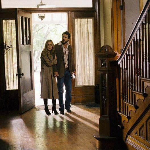 Amityville Horror / Melissa George / Ryan Reynolds Poster