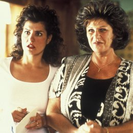 My Big Fat Greek Wedding / Nia Vardalos (li.) / Lainie Kazan