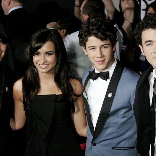 Jonas, Joe / Lovato, Demi / Jonas, Nick / Jonas, Kevin / Jonas Brothers: The 3D-Concert Poster