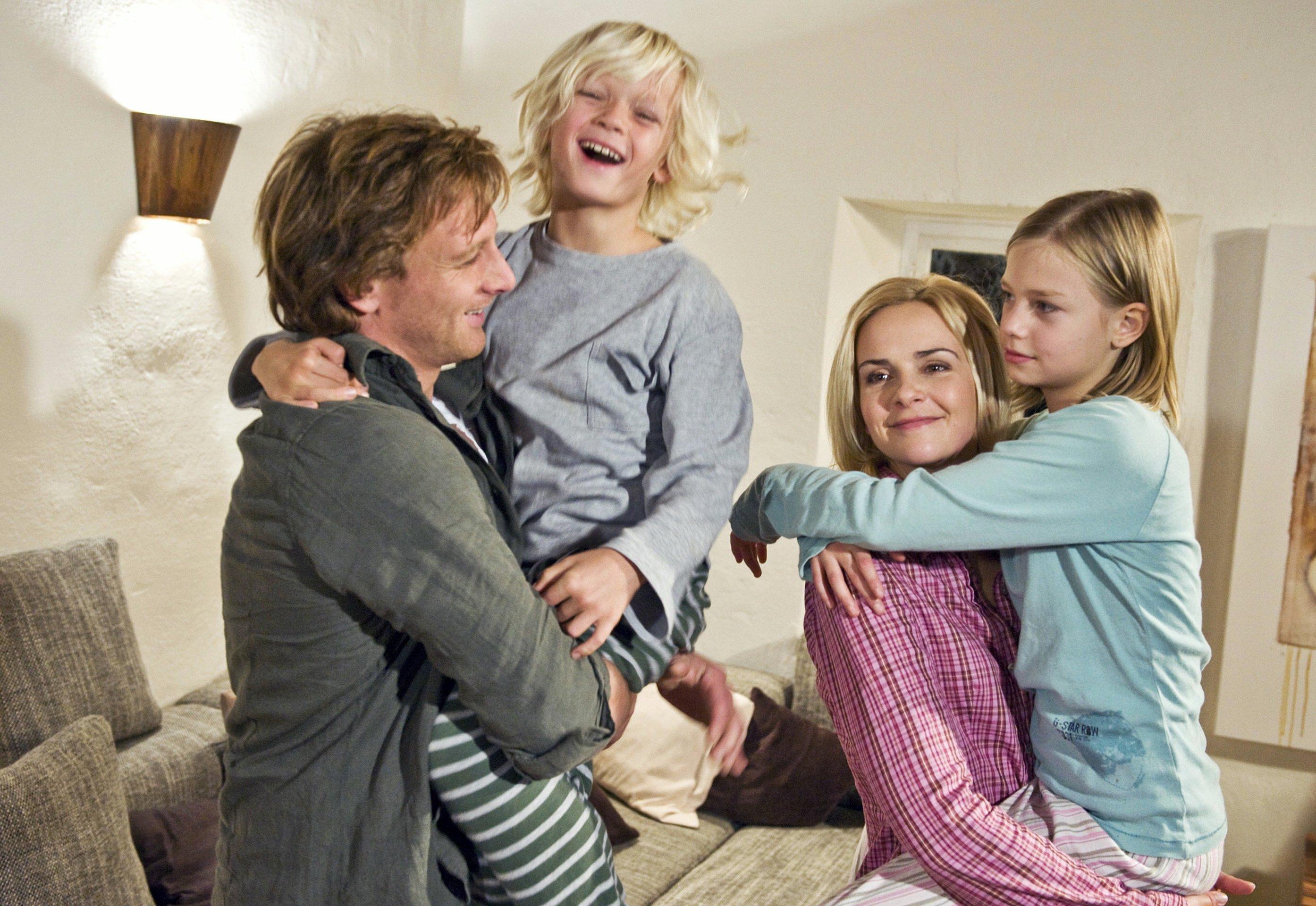 Nico liersch family - Geerbte Familie Die Ard Denise Zich Hendrik Duryn Hanna H Ppner