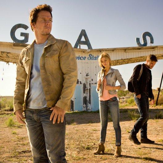 Transformers: Ära des Untergangs / Mark Wahlberg / Nicola Peltz / Jack Reynor