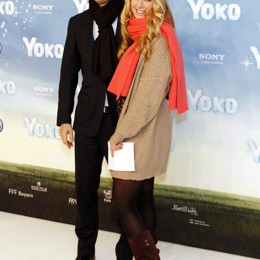 """Bachmann, Martin / Eichinger, Nina / Deutschlandpremiere von """"Yoko"""" Poster"""