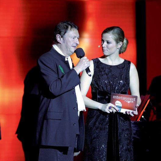 Entertainment Night 2013 / Video Champion 2013 / Hans-Jürgen Buchner und Nina Eichinger Poster