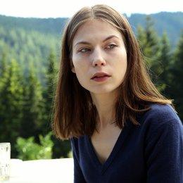 Tote in der Berghütte, Die (ZDF / ORF) / Nora von Waldstätten Poster