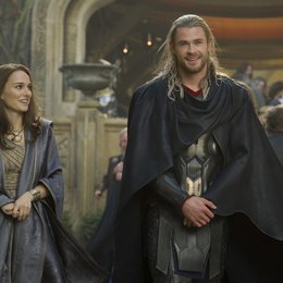 Thor - The Dark Kingdom / Natalie Portman / Chris Hemsworth Poster