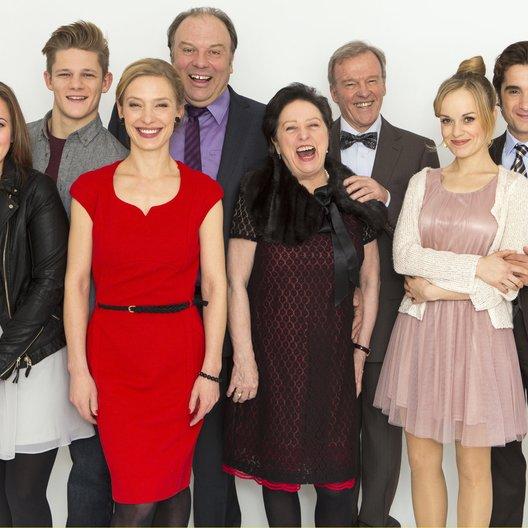 LottoKönige (2. Staffel, 6 Folgen), Die (WDR) / Max von der Groeben / Waldemar Kobus / Olga von Luckwald / Sandra Borgmann / Beate Abraham / Oliver K. Wnuk / Friederike Kempter / Wichart von Roëll Poster