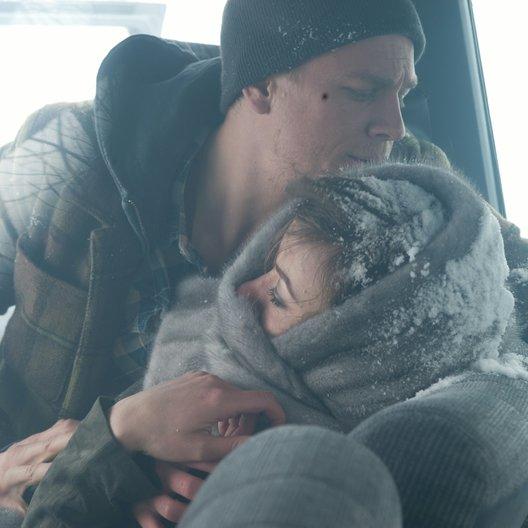 Cold Blood - Kein Ausweg. Keine Gnade. / Cold Blood - Kein Ausweg, keine Gnade / Charlie Hunnam / Olivia Wilde Poster