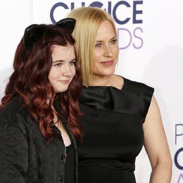 Jane, Harlow Olivia Caliope / Arquette, Patricia / People's Choice Awards 2015, Los Angeles Poster