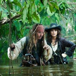 Pirates of the Caribbean - Fremde Gezeiten / Johnny Depp / Penélope Cruz / Pirates of the Caribbean - Die Piraten-Quadrologie Poster